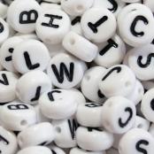 Kunstoffplättchen Linsen Buchstaben,Zahlen,Herzen,Russisch in Weiß,Schwarz,Silber,Gold und Bunt 7x4mm